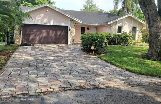 3823 NW 72nd Dr - 3823 Northwest 72nd Drive, Coral Springs, FL 33065