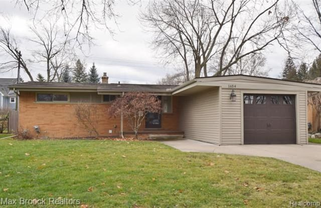 1654 WITHERBEE Drive - 1654 Witherbee Drive, Troy, MI 48084