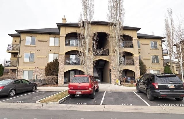 574 South 2150 West,  #203 - 574 South Chateau Way, Pleasant Grove, UT 84062