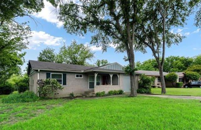 8815 Boundbrook Circle - 8815 Boundbrook Circle, Dallas, TX 75243
