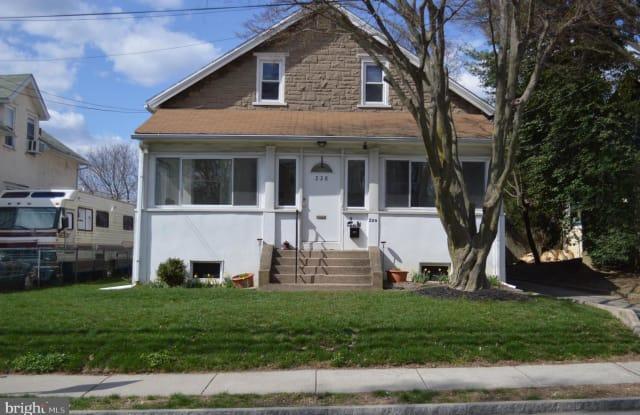 228 LINWOOD AVE - 228 Linwood Avenue, Ardmore, PA 19003