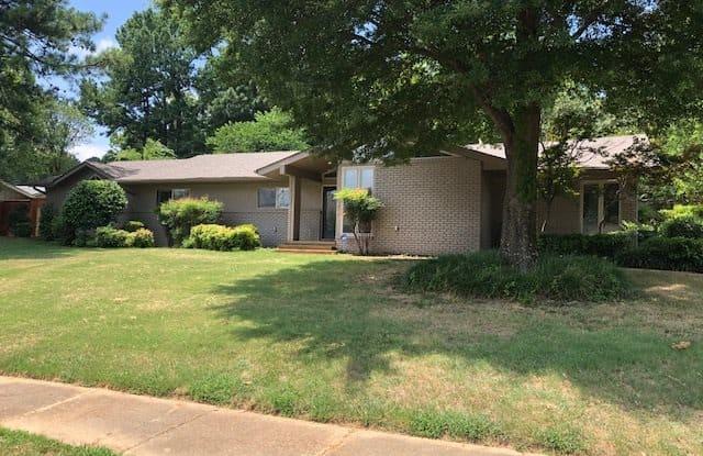 101 GROVE DALE - 101 Grove Dale Street, Memphis, TN 38120