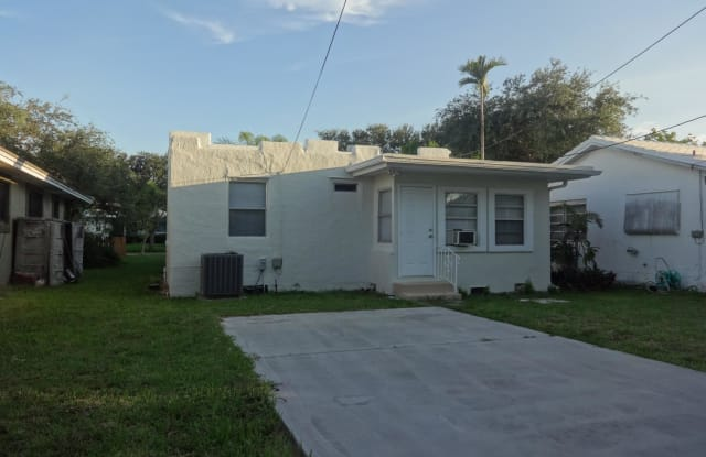 1505 Monroe Street - 1505 Monroe Street, Hollywood, FL 33020