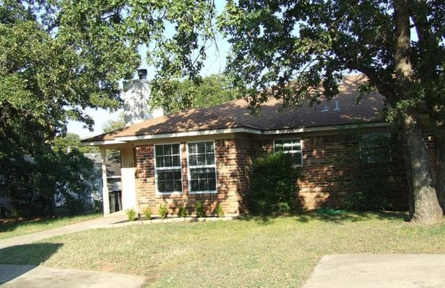 12 Foster Court - 12 Foster Court, Mansfield, TX 76063