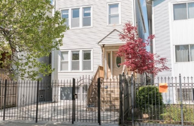 1634 North Campbell Avenue - 1634 North Campbell Avenue, Chicago, IL 60647