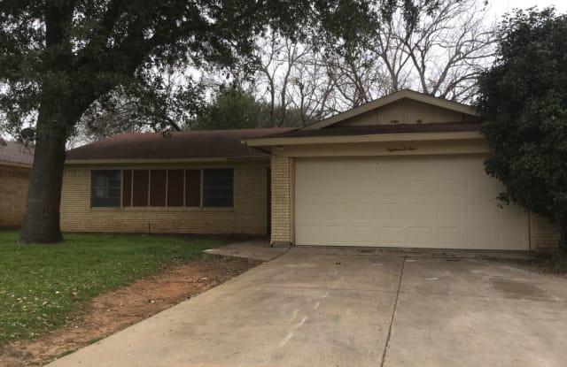 1804 Westcrest Drive - 1804 Westcrest Drive, Arlington, TX 76013