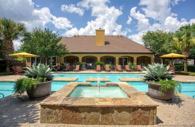 Park at Braun Station Apartments - 9603 Bandera Rd, San Antonio, TX 78250