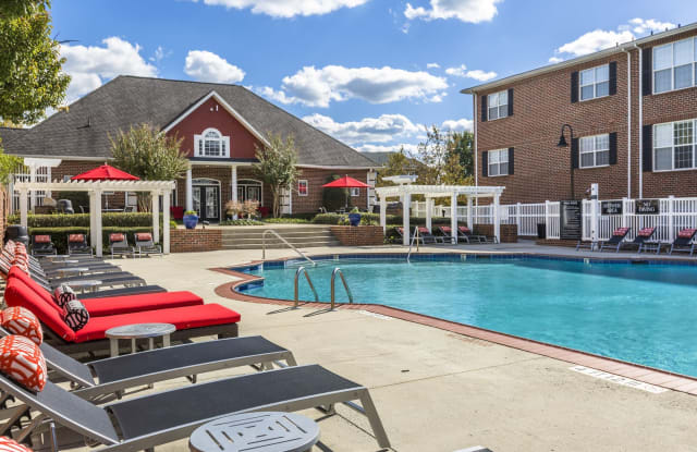 Ascend at 1801 - 1801 Willow Haven Ln, Charlotte, NC 28262