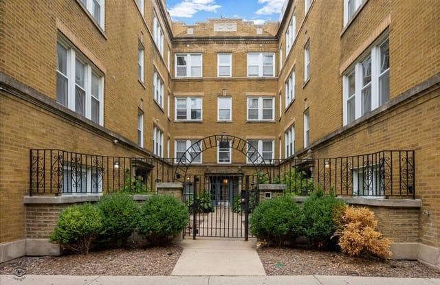 1434 West Roscoe Street - 1434 W Roscoe St, Chicago, IL 60657