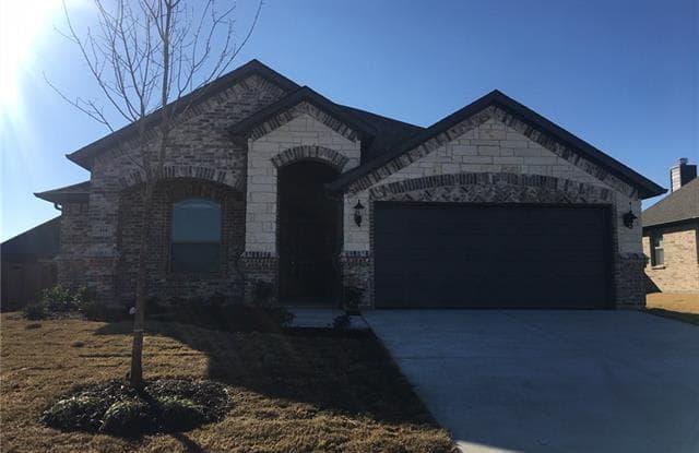 414 Valley Brook Court - 414 Valley Brook Court, Waxahachie, TX 75165