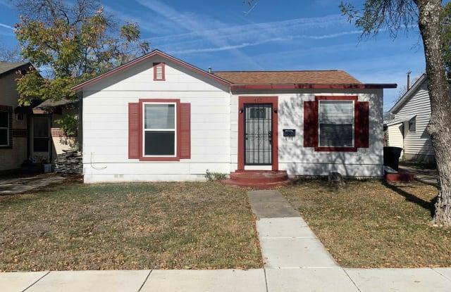 407 Haggin St. - 407 Haggin Street, San Antonio, TX 78210