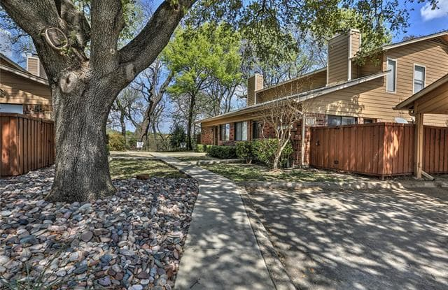 5722 Cedar Creek Drive - 5722 Cedar Creek Drive, Benbrook, TX 76109