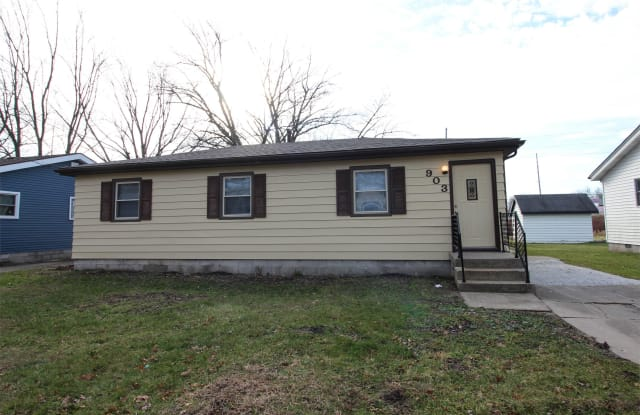 903 East 36th Place - 903 East 36th Place, Lake Station, IN 46405