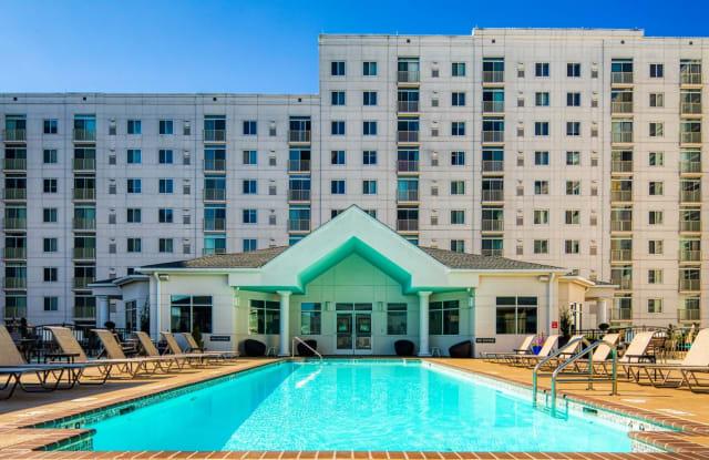 The Cosmopolitan Apartments - 172 Central Park Avenue, Suite 102, Virginia Beach, VA 23462
