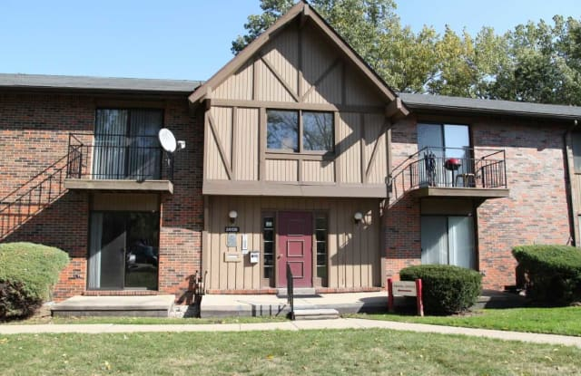 24001 country squire blvd - 206 - 24001 Country Squire Blvd, Macomb County, MI 48035