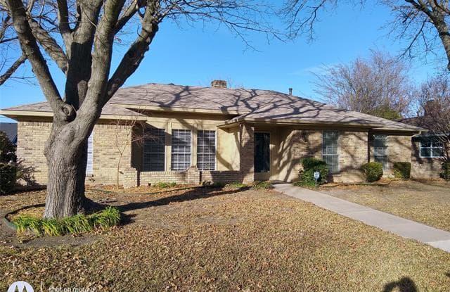 2925 Mollimar Drive - 2925 Mollimar Drive, Plano, TX 75075
