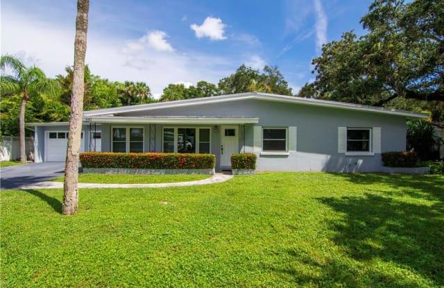 641 Bougainvillea - 641 Bougainvillea Lane, Vero Beach, FL 32963