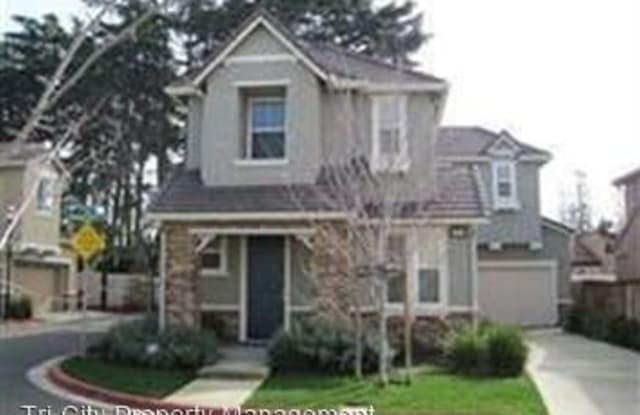 585 Cottage Park Drive - 585 Cottage Park Drive, Hayward, CA 94544