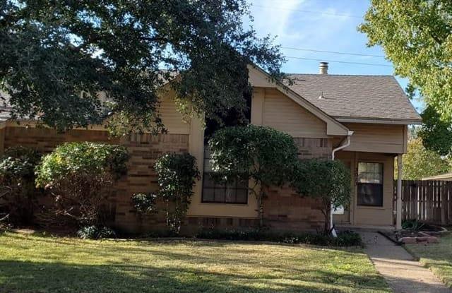 3013 Roxboro Road - 3013 Roxboro Road, Euless, TX 76039
