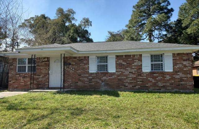 310 Nettles St - 310 Nettles Street, Savannah, GA 31415