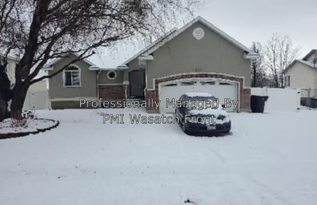 222 E 2450 S - 222 East 2450 South, Clearfield, UT 84015
