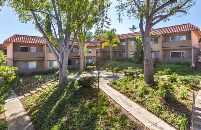 Elan Pointe Vista - 1260 Calle Jules, Vista, CA 92084