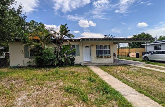 7116 Hershey Way - 7116 Hershey Way, Azalea Park, FL 32822