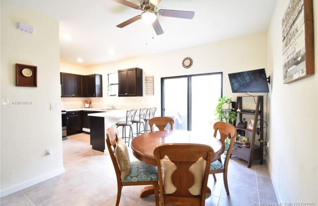 153 SE 33rd Pl - 153 Southeast 33rd Place, Homestead, FL 33033