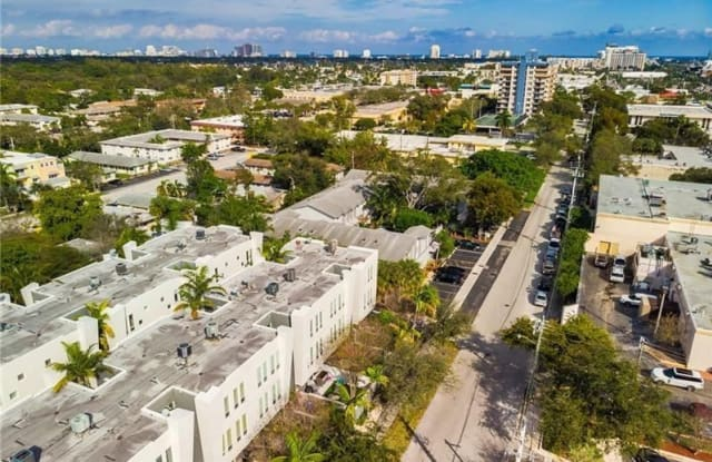 713 SE 16th Ct - 713 Southeast 16th Court, Fort Lauderdale, FL 33316