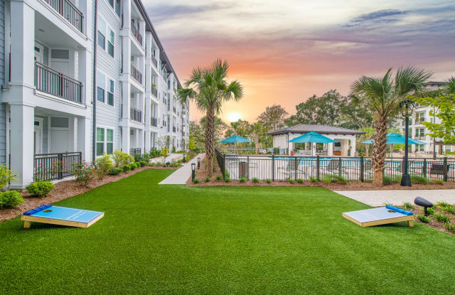 Overture Daniel Island Age 55+ Apartment Homes - 7770 Farr Street, Charleston, SC 29492