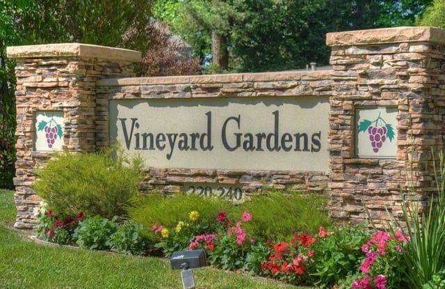 Vineyard Gardens - 240 Burt St, Santa Rosa, CA 95407