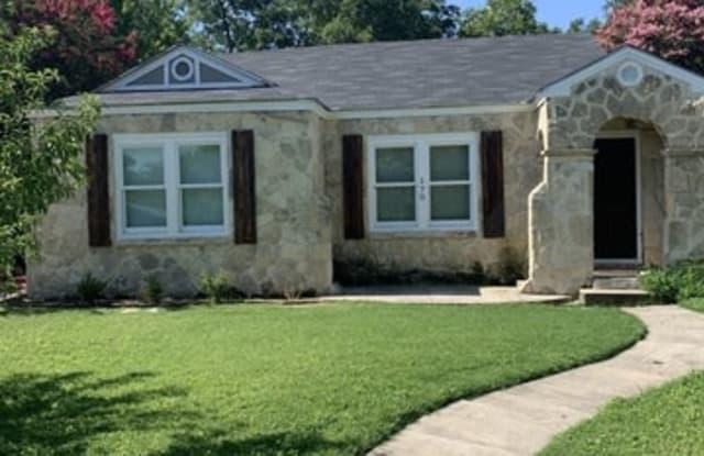 170 HERMINE BLVD - 170 West Hermine Boulevard, San Antonio, TX 78212