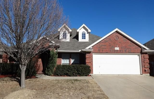 2817 White Rock Drive - 2817 White Rock Drive, Fort Worth, TX 76131