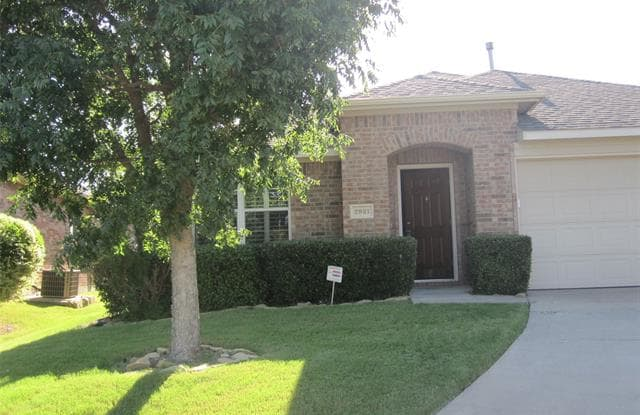 2921 St Johns Drive - 2921 St John Drive, McKinney, TX 75070