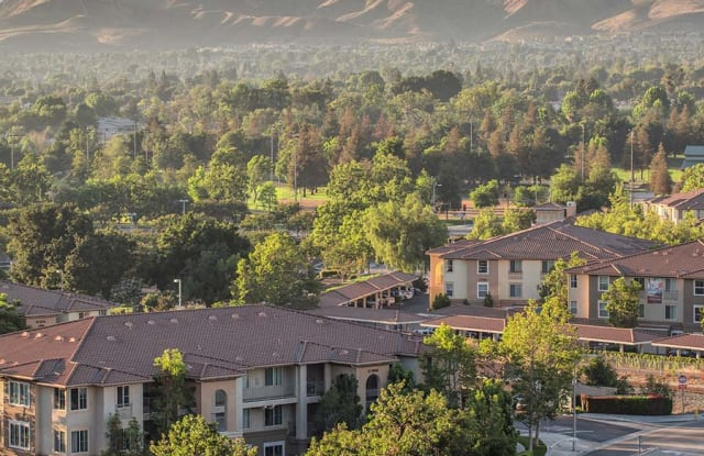 Hidden Valley - 5065 Hidden Park Ct, Simi Valley, CA 93063