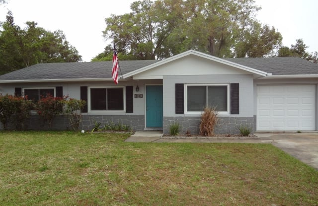1103 E Minnesota Ave - 1103 East Minnesota Avenue, DeLand, FL 32724