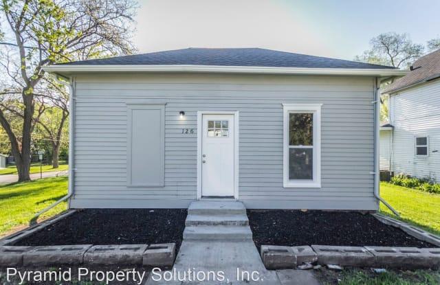 126 Carroll St - 126 Carroll Street, Boone, IA 50036