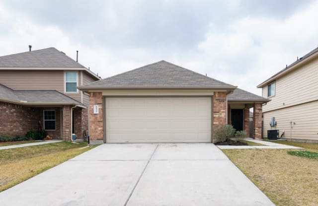 10335 Van Hut Lane - 10335 Van Hut Ln, Harris County, TX 77044