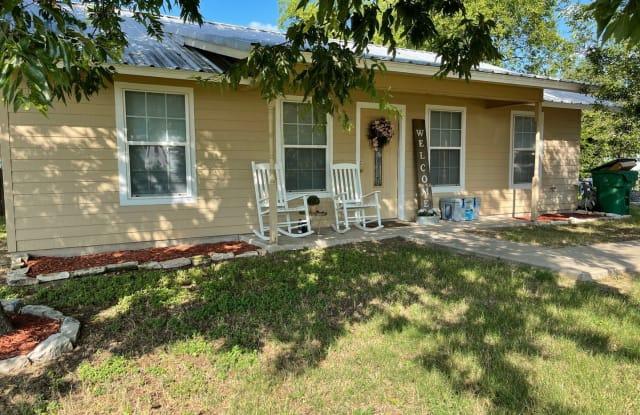 485 N Paddock - 485 North Paddock Avenue, Stephenville, TX 76401