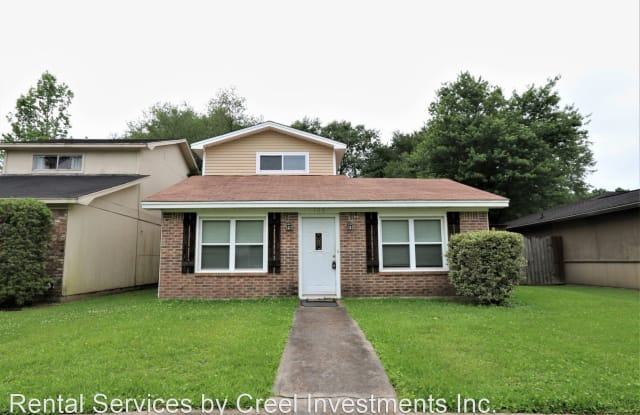 102 Willow Bend Dr. - 102 Willow Bend Drive, Silsbee, TX 77656