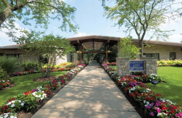 Barrington Lakes Apartments - 2200 Hassell Rd, Hoffman Estates, IL 60169