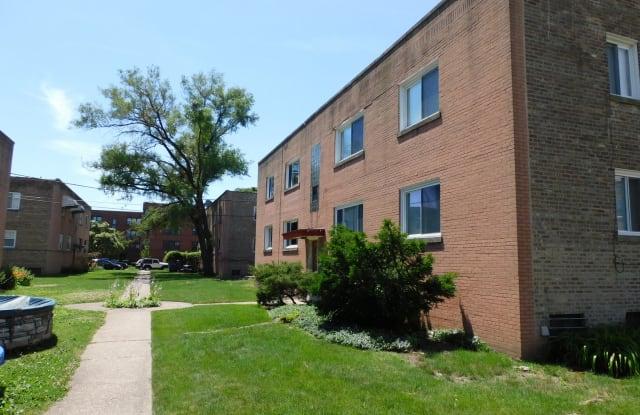 2440 West Berwyn Avenue - 2440 West Berwyn Avenue, Chicago, IL 60625