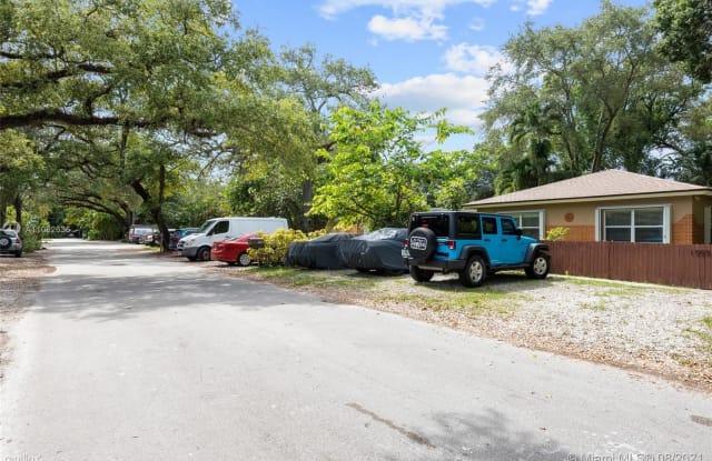 1509 SW 25th St - 1509 SW 25th St, Fort Lauderdale, FL 33315