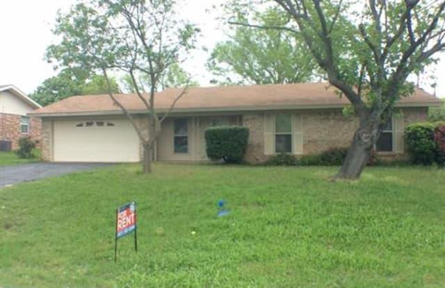 103 S Melanie Drive - 103 South Melanie Drive, Azle, TX 76020