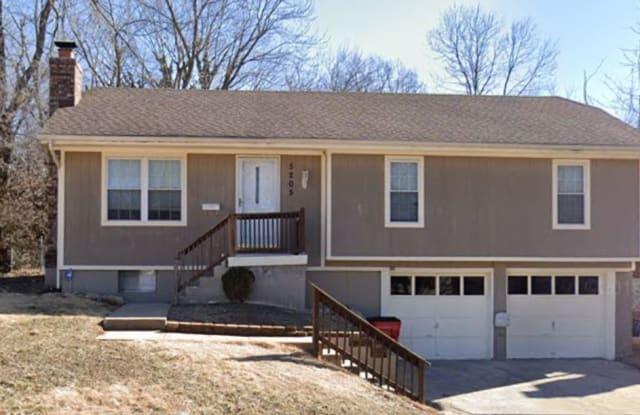 5205 South Cottage Avenue - 5205 South Cottage Avenue, Independence, MO 64055
