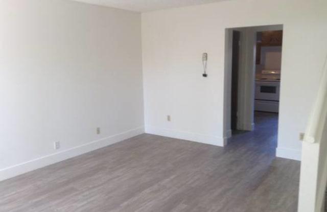 1330 South Juniper Street - B (3) - 1330 South Juniper Street, Escondido, CA 92025