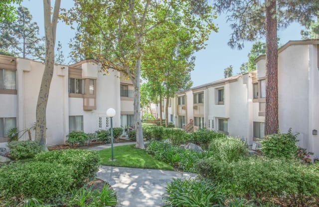 Country Woods Apartment Homes - 315 N Associated Rd, Brea, CA 92821