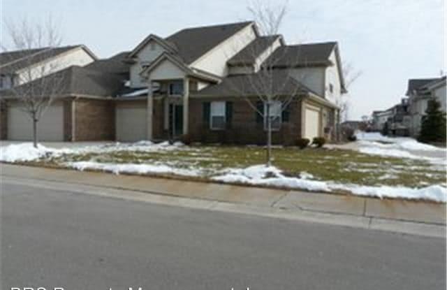 111 S Vista Bldg #4, Unit #23 - 111 S Vista, Auburn Hills, MI 48326