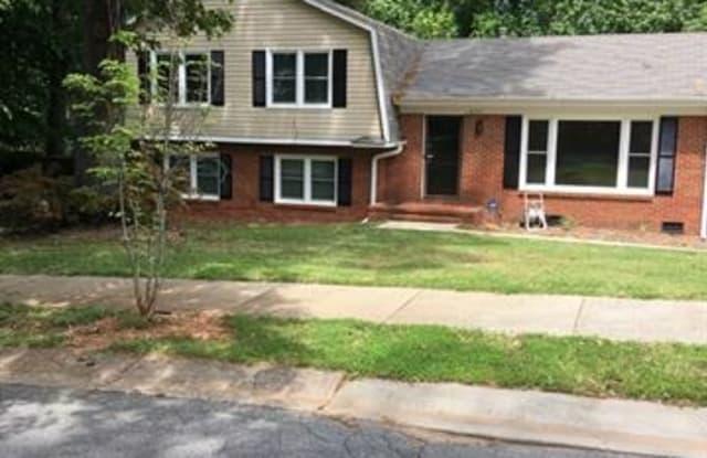 8714 Stonehurst Drive - 8714 Stonehurst Drive, Charlotte, NC 28214