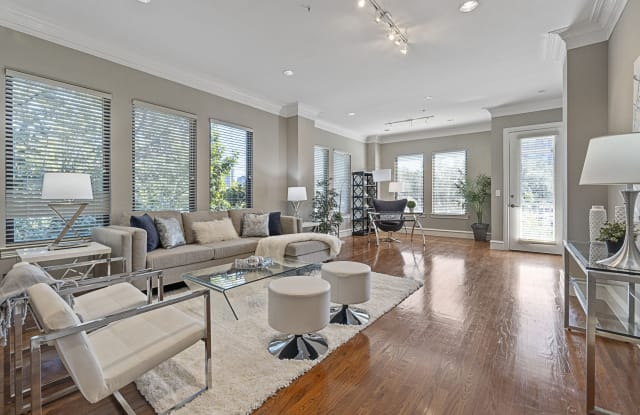 Rienzi at Turtle Creek Apartments - 3500 Fairmount St, Dallas, TX 75219
